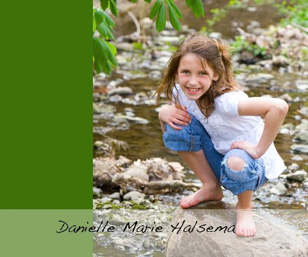 View Danielle Marie Halsema by megan044
